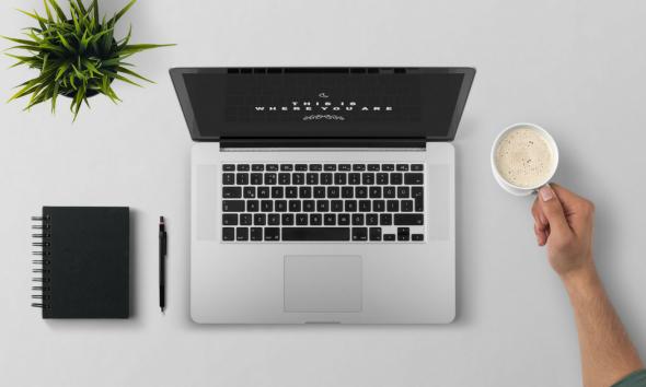 laptop flatlay freelancing