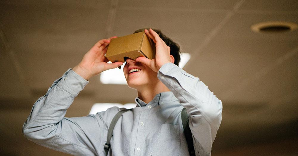 Entrepreneur testing cardboard VR headset